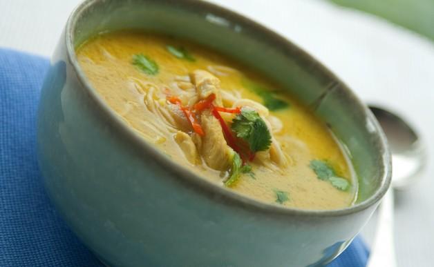 Zupa z kurczaka po tajsku
