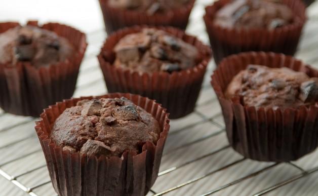 Muffinki czekoladowo-bananowe według Nigelli