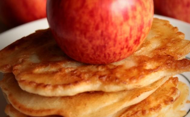 Racuchy z jabłkami