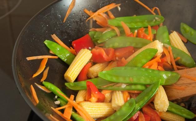 Warzywa z ryżem po chińsku