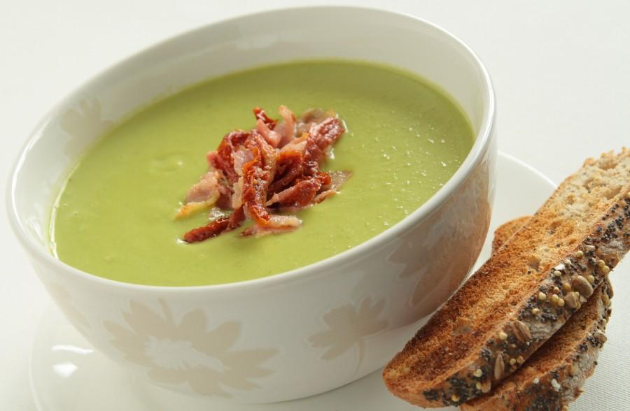 40b69f190f2482 Zupa krem z groszku zielonego – FoodMag