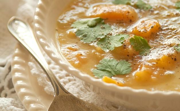 Zupa z selera naciowego z dynią